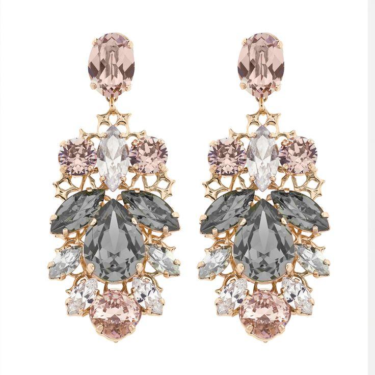 The Chandelier earrings exude classic elegance #antonheunis10
