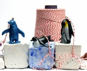 DIY Penguin Christmas Ornaments by soapdeligirl