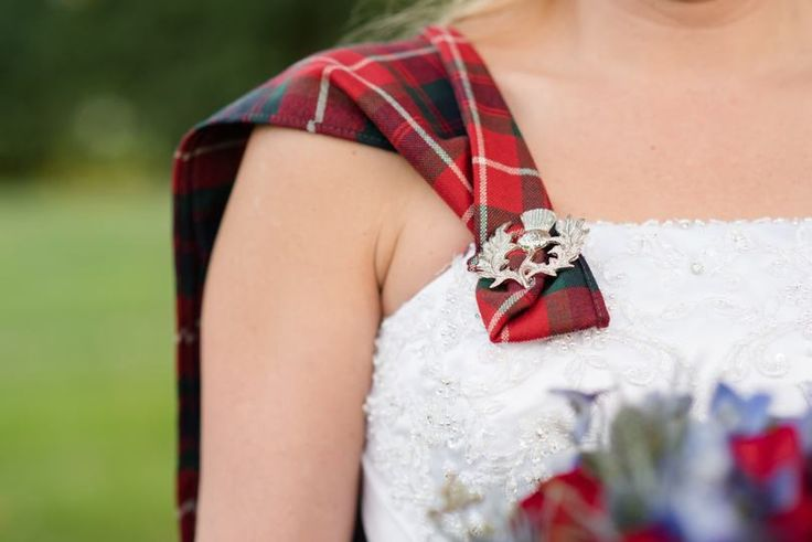 Incorporate Scottish or Irish family history/heritage into your wedding via Southern Bride and Groom | Celtic wedding details | Plaid in wedding