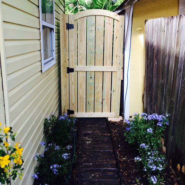 193 best images about fences and gates on pinterest for Garden gate designs wood