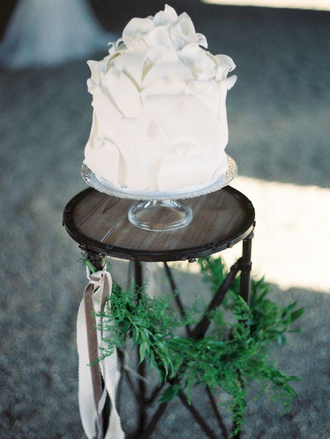 Organic Luminous Ranch Wedding Inspiration