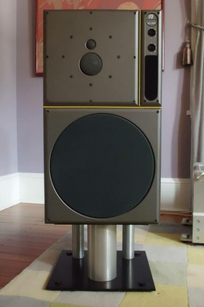 Vintage near field monitors (EAW/RCF SCD 6000), note the tweeter and midrange share the same large magnet ...