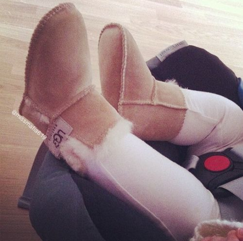 Olivia wore her uggs with everything last yr!!! One of my best purchases!!!