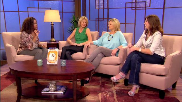 Inside a mothers world Insane In The Mom-Brain, RachRiiot and Kelley's Breakroom discuss the book I Just Want To Pee Alone