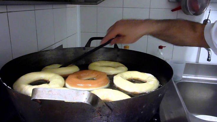 Come Fare le Ciambelle e le Bombe Fritte - Ricette Dolci e Cucina