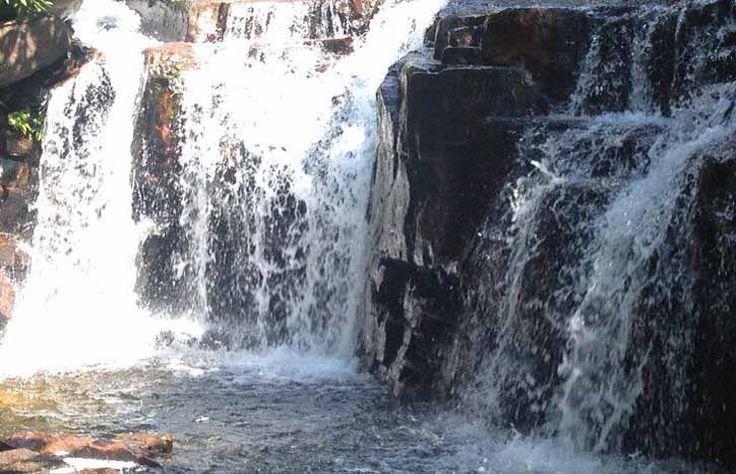 Vẻ đẹp của những thác nước tại suối đá ngọn