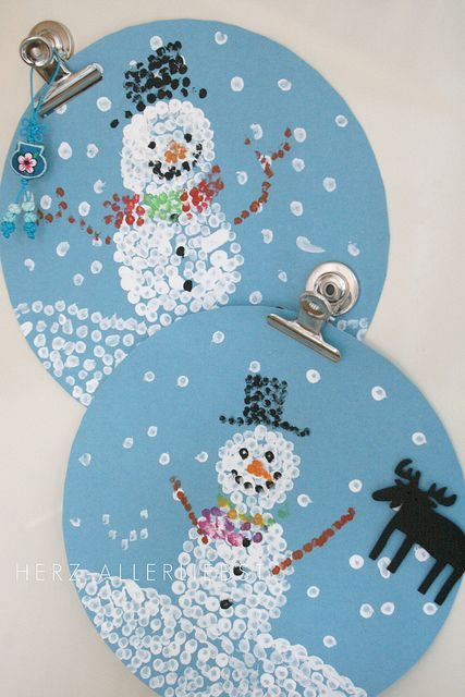 Q-Tip paintings -- how cute is that?! Pointilism This page has LOTS of good snowman ideas!!