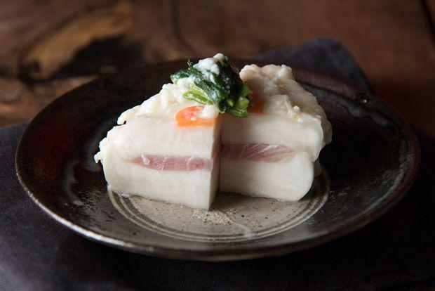 いよいよ冬本番、温かい鍋料理が恋しい季節です。料理研究家・飛田和緒さんの家でも鍋は年末年始の定番メニ…