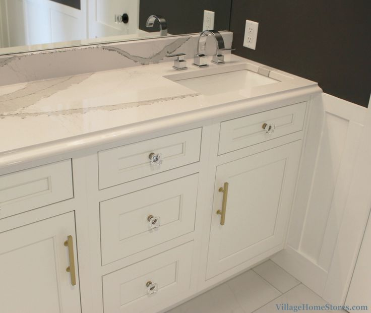 97 best images about bathrooms on pinterest for Bath remodel quad cities