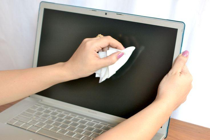 Vraag en antwoord: hoe poets je het scherm van je laptop?