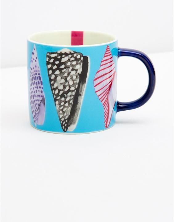 SHORELYFour pack Coastal Mugs - love the design on there :)