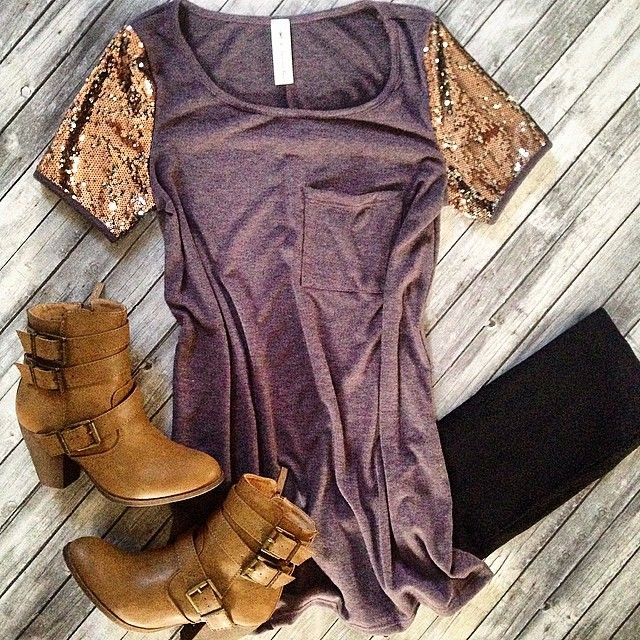 Love this outfit. Especially those boots!!