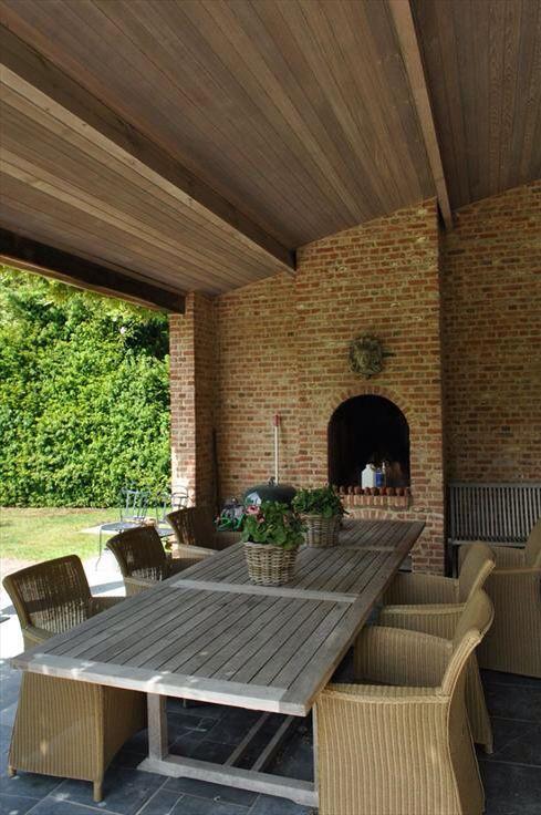 25 beste idee n over achtertuin huis op pinterest achtertuin gastenhuisjes achtertuin huisje - Overdekt terras tegel ...