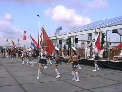 Tijdens Sail. Kostuums Mija