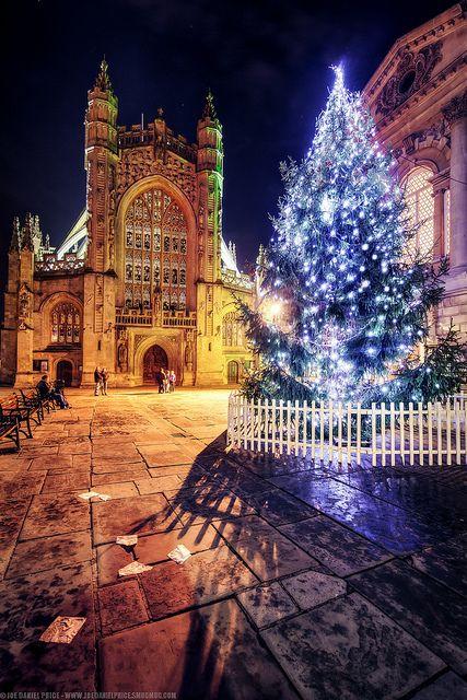 "xmas-in-kanata: "" Bath Abbey, Christmas Tree, Roman Baths, Somerset, England by Fragga on Flickr. """