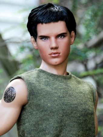 Jacob Black: Jacob Black New Moon Repainted by Laurie Leigh, wow, this is good. #dollchat