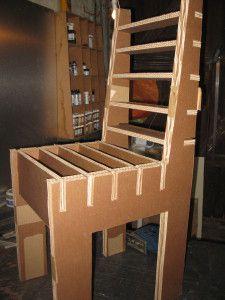 17 meilleures id es propos de chaise en carton sur pinterest carton design fauteuil en. Black Bedroom Furniture Sets. Home Design Ideas