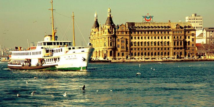 """Siz de İstanbul'un en güzel ilçesinde oturuyor ve üstüne üstlük bir de """"annelik"""" ünvanını taşıyorsanız, aramıza katılıp, bebeğinizle birlikte ya da tamamen ayrı olarak yapabileceğiniz aktivitelerle ilgili bilgi sahibi olmak hakkınız!"""
