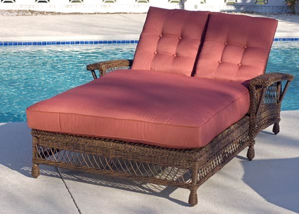 352 best wicker furniture images on pinterest for Chaise lounge band