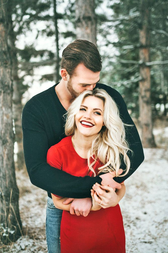 24 Winter Engagement Photos To Warm Your Heart ❤ For fun winter engagement photos choose different winter games, as sled or skates. See more: http://www.weddingforward.com/winter-engagement-photos/ #wedding #engagement #photos