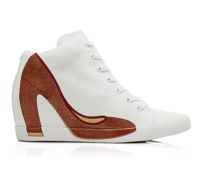 HEIDI WEDGE 27 - Scarpa sportiva alla caviglia in canvas di cotone e suola in gomma con tacco interno. Sul lato esterno la stampa della silhouette di una decolletè con punta e tacco fluo. #olofashion #shoes #sneakers