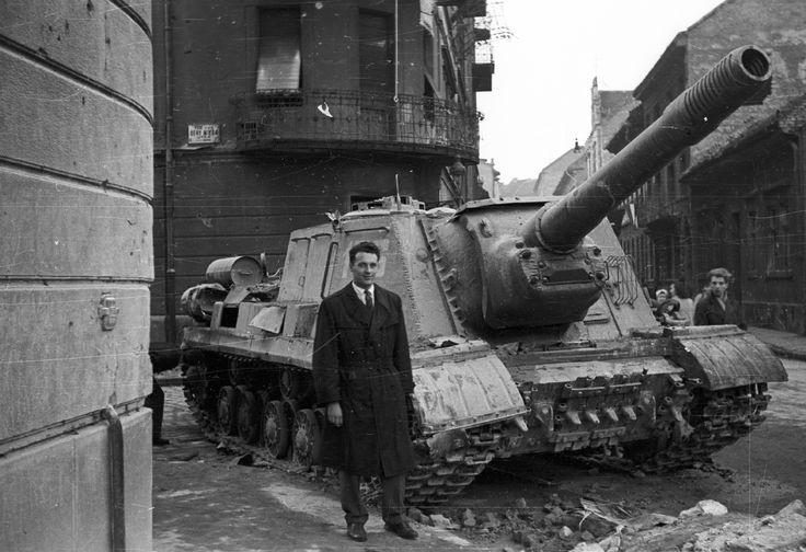 Abandoned ISU-152 during the Hungarian Revolution of 1956 [49093364]