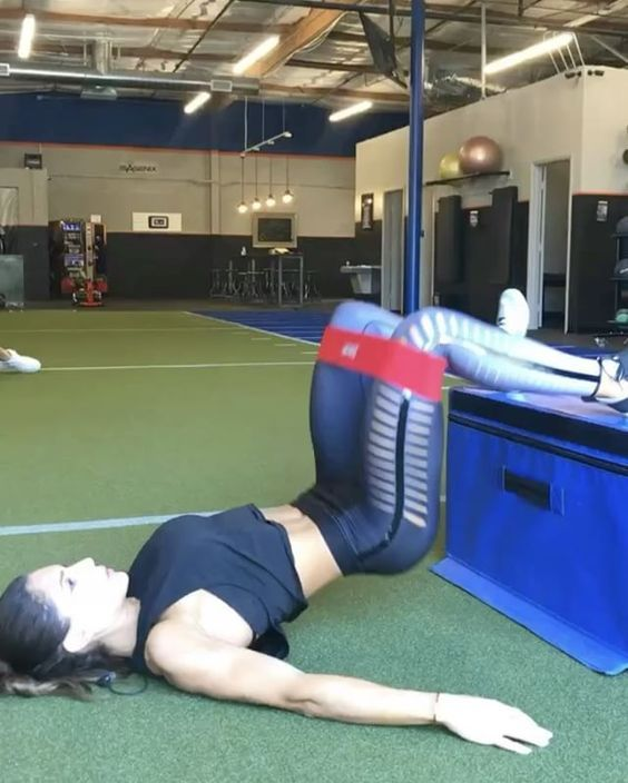 """8,397 Likes, 154 Comments - Alexia Clark (@alexia_clark) on Instagram: """"The burn is REAL  45 seconds on 15 rest using @mbslingshot on exercises 1, 3, 4 This circuit is…"""""""