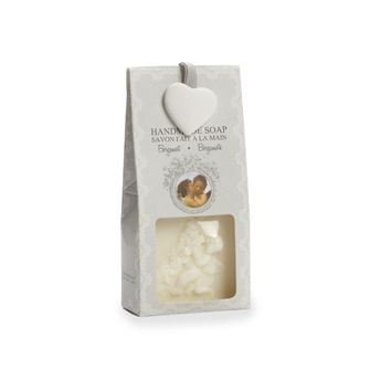 The refreshing bergamot scent of this handmade soap makes it the perfect gift set for anyone! Containing natural extracts of linen oil known for its soothing and moisturizing properties, this soap truly is a treat! - $7.89