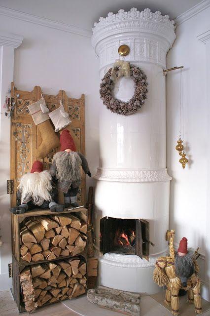 Inredning kakelugn jul : 1000+ images about Kakelugn on Pinterest | Stove, Blue tiles and ...
