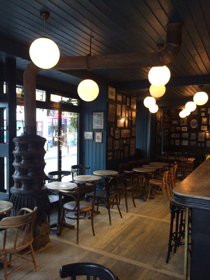 Le Napoléon 73 rue du Faubourg Saint Denis Paris 10e. Le vieux Poële. Design Clemence et Clement Goutal