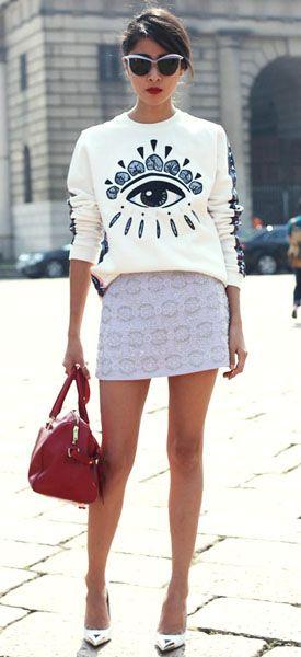 Street Fashion love the T-shirt