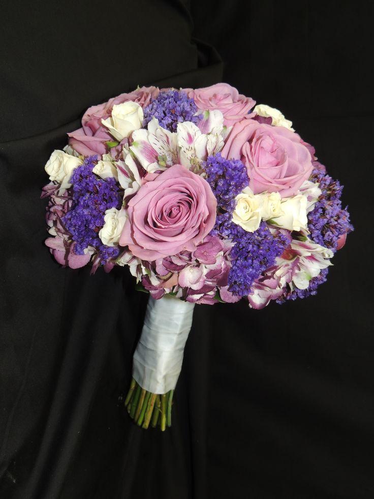 70 best oakleaf 39 s bridal bouquets images on pinterest bridal bouquets spray roses and wedding. Black Bedroom Furniture Sets. Home Design Ideas