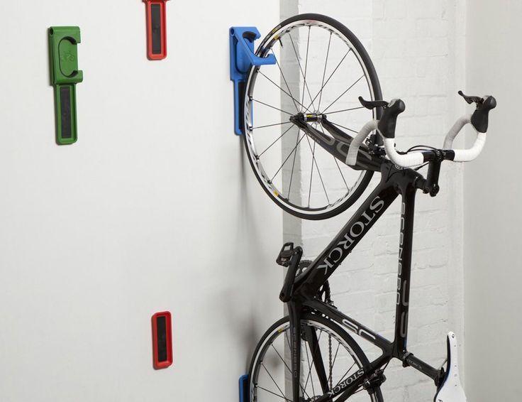 Endo Fold Flat Vertical Bike Storage System By Cycloc Colgar Bicicleta Almacenamiento De Bicicletas Bicicletas