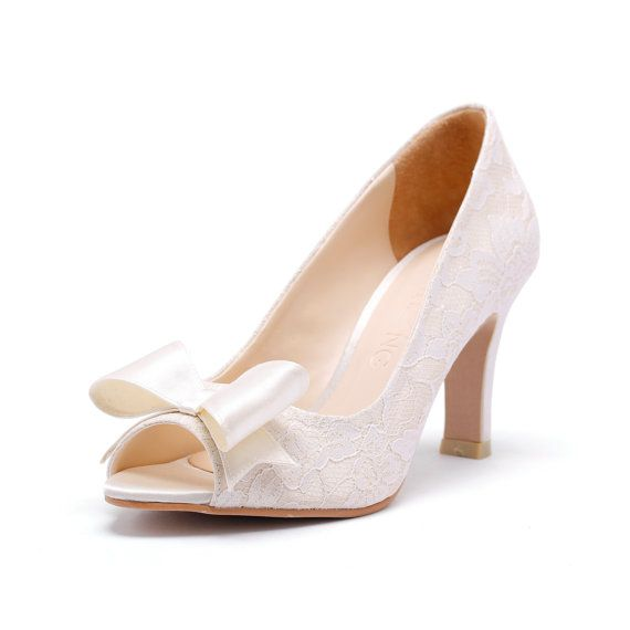 ivory peep toe court shoes with white lace ivory bridal. Black Bedroom Furniture Sets. Home Design Ideas