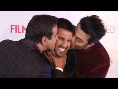 OMG ! Ronit Roy & Manish Paul KISSES Ranveer Singh at Filmfare Pre Award Party 2016.