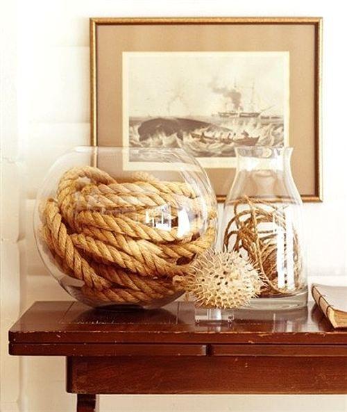 jarrones de cristal que se decorar con un aire marinero