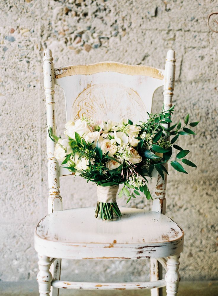 Photography: Morgan Lamkin - www.morganlamkinphotography.com  Read More: http://www.stylemepretty.com/california-weddings/2015/05/07/romantic-loft-wedding-inspiration/