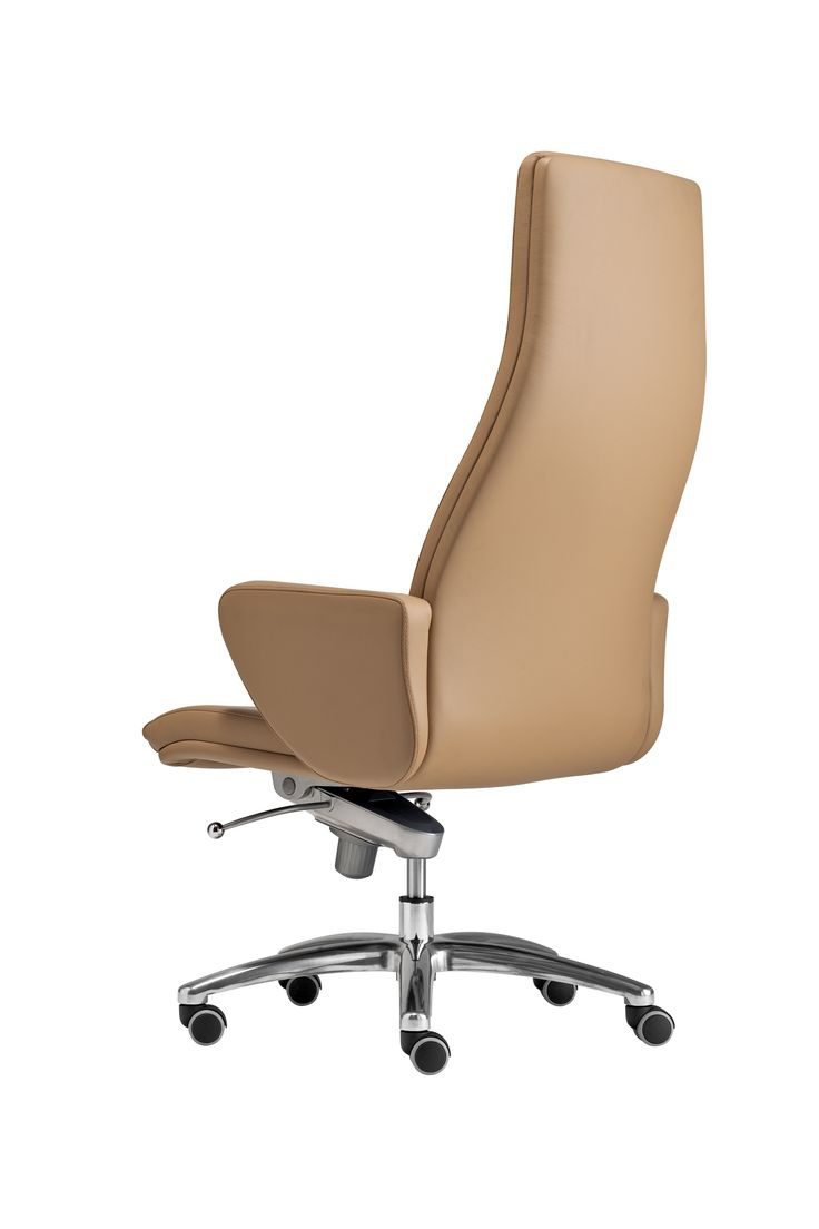 The president is the ideal chair for working environments where elegance, comfort and ergonomy are essential. ‪#‎seat‬ ‪#‎officefurniture‬  http://www.interoffice.co.uk/furniture/president/