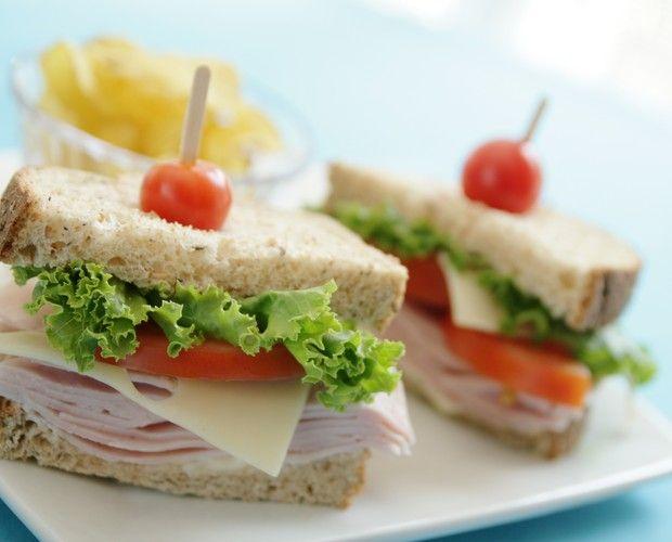 Oito sanduíches para matar a fome no meio da tarde  - Casa e Jardim | Pães e sanduíches