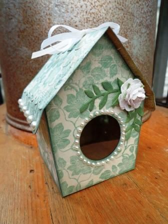 Sizzix eclips Birdhouse Favor box (Albums, Bags and Boxes #2 cartridge).  Mark Richards pearls.  Sizzix leaf die.
