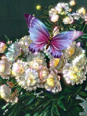 Hermosas flores animadas con una mariposa