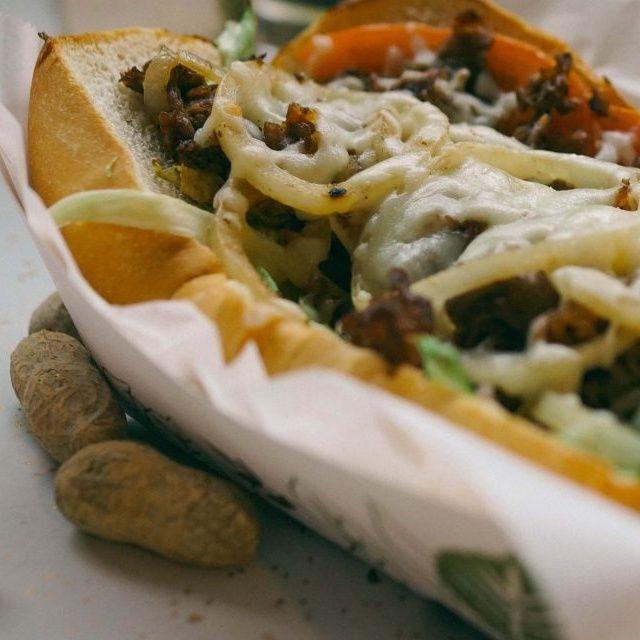 Vegan Coney Island Restaurant Chili Mustard Onions Opens In Detroit Coneyisland Hotdogs Detroit Vegan Restaurant Veg Vegan Restaurants Vegan Food