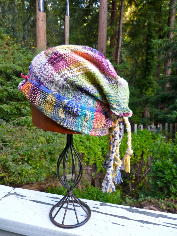 CENTERING WITH FIBER: A SAORI WOVEN NO SEW CAP.  I want to make this!!!