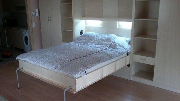 Éjszakai üzemmódban egy ágyszekrény