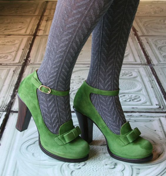 Collant laine gris. Comment le porter? C'est ici: https://one-mum-show.fr/les-collants/