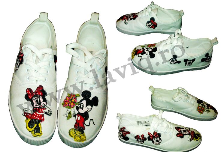 Tenisi pictati manual, in culori textile - Minnie and Mickey Mouse www.laviq.ro