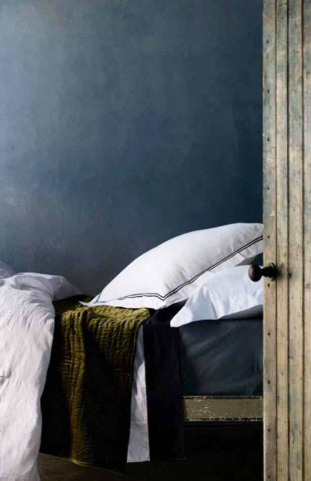 17 beste idee n over blauwe muur kleuren op pinterest for Bed in muur