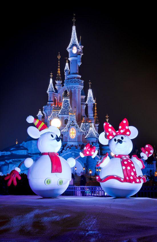 Photo Gallery: It's a Joyeux Noel at Disneyland Resort Paris