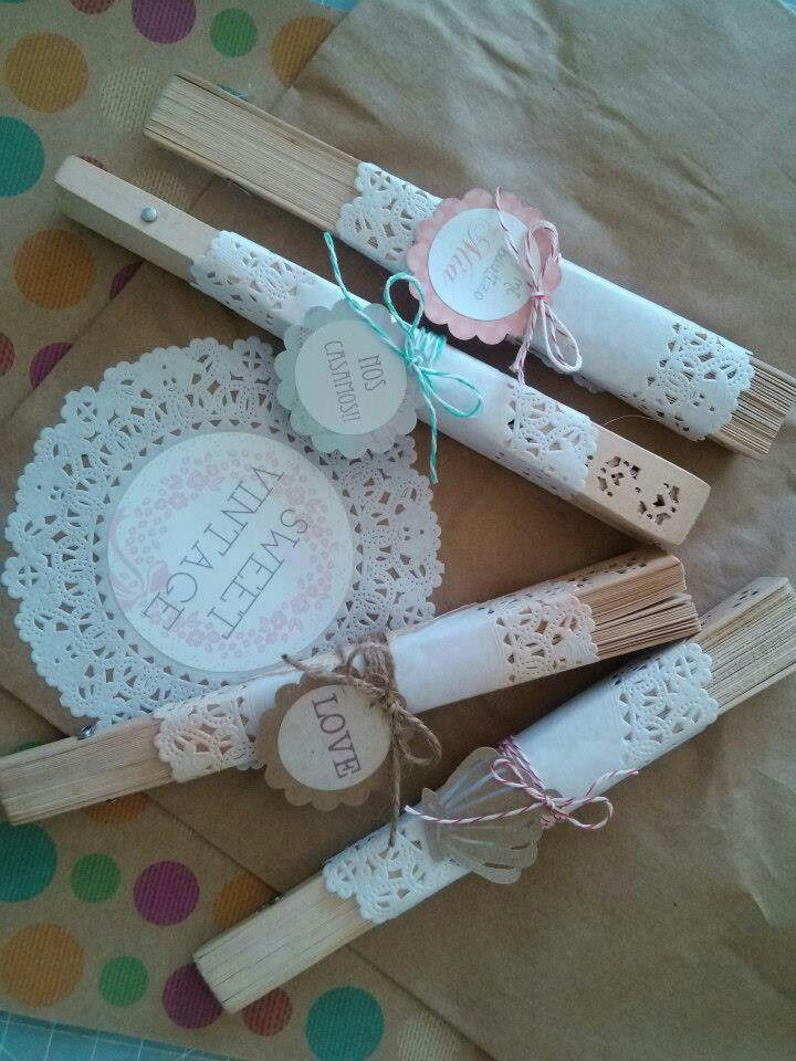 Abanicos decorados con blondas ideas bodas pinterest - Ideas de recuerdos de boda ...