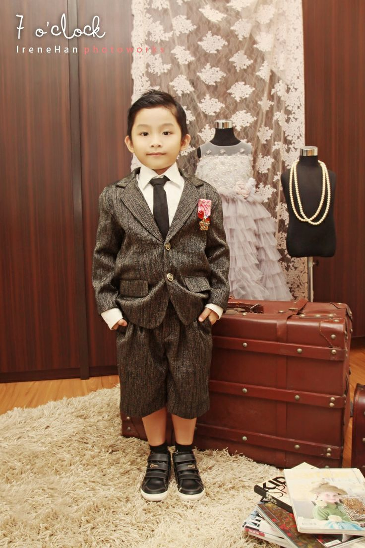 Maximilian Set Outfit | 7 o'clock couture by Agit